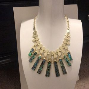 Kendra Scott: Mimi Statement Necklace